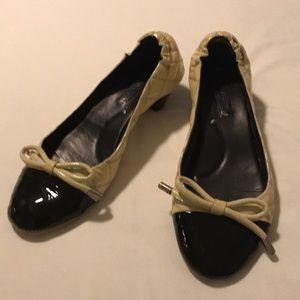 BCBGMAXAZARIA cream black patent leather quilted